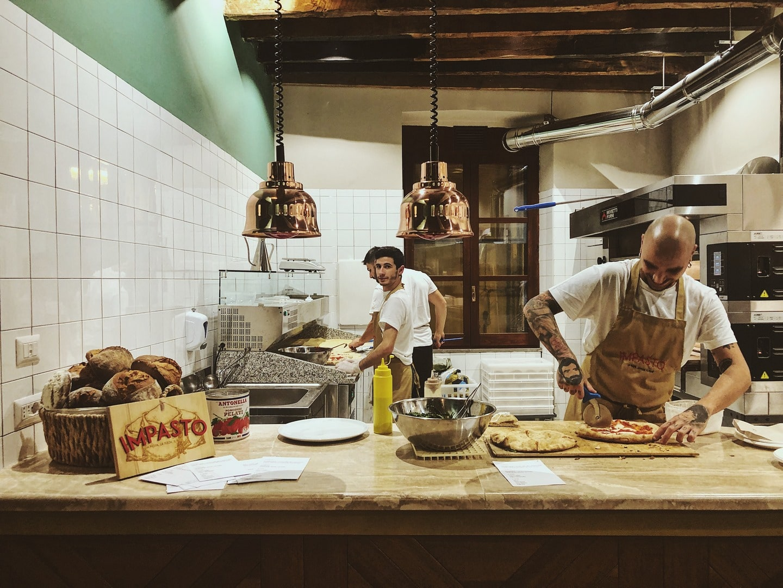 Pizzeria al Lavoro - IMPASTO